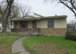 Foreclosed Home in San Antonio 78228 MARQUETTE DR - Property ID: 4432820381