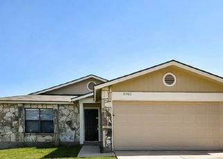 Foreclosed Home in Converse 78109 CORAL MEADOW DR - Property ID: 4432827390