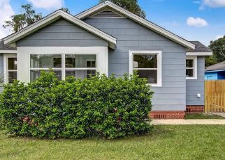 Foreclosed Home in Jacksonville 32208 N PEARL ST - Property ID: 4432952655