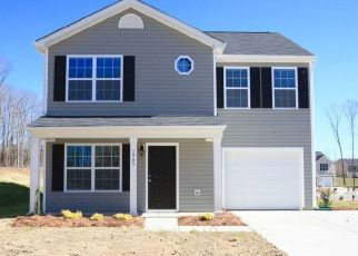 Foreclosed Home in Whitsett 27377 PORTER HILL RD - Property ID: 4432976749
