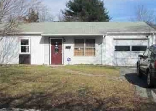 Foreclosed Home in Whitman 02382 HOMELAND DR - Property ID: 4433097176