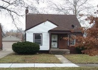Foreclosed Home in Highland Park 48203 RIOPELLE ST - Property ID: 4433193536