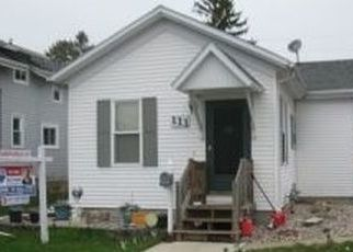 Foreclosed Home in Fond Du Lac 54935 E FOLLETT ST - Property ID: 4433368282