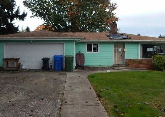 Foreclosed Home in Salem 97302 BLUFF AVE SE - Property ID: 4433383616