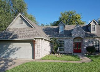 Foreclosed Home in Claremore 74019 BRIAR DR - Property ID: 4433424341