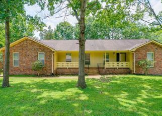 Foreclosed Home in Nashville 37217 CASTLEGATE DR - Property ID: 4433465520