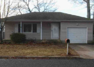 Foreclosed Home in Toms River 08753 OAK DALE RD - Property ID: 4433525978