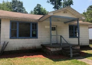 Foreclosed Home in North Charleston 29405 ALABAMA DR - Property ID: 4433571512