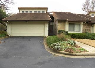 Foreclosed Home in Fort Worth 76112 MEADOW WOOD LN - Property ID: 4433618819