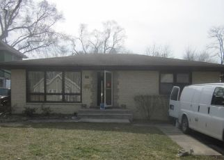 Foreclosed Home in Willow Springs 60480 N OAKWOOD AVE - Property ID: 4433635454