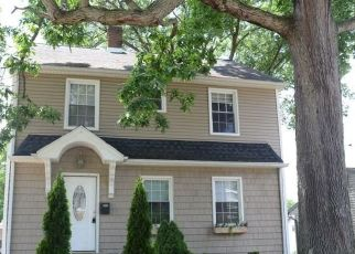 Foreclosed Home in Barberton 44203 E BAIRD AVE - Property ID: 4433651213