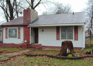 Foreclosed Home in Chattanooga 37407 E 28TH ST - Property ID: 4433663485