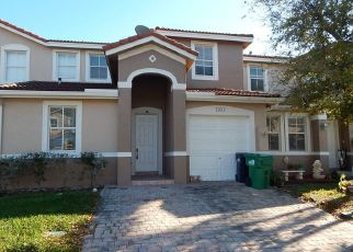 Foreclosed Home in Homestead 33032 SW 275TH TER - Property ID: 4433689317