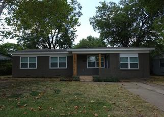 Foreclosed Home in Dallas 75228 SANDRA LYNN DR - Property ID: 4433832541