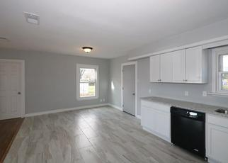 Foreclosed Home in Garland 75042 W WALNUT ST - Property ID: 4433833415