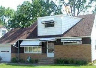 Foreclosed Home in Euclid 44132 E 262ND ST - Property ID: 4433858826