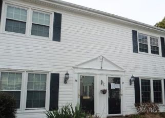 Foreclosed Home in Newport News 23607 TOWNE SQUARE DR - Property ID: 4433937663