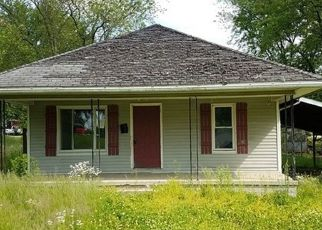 Foreclosed Home in Petersburg 47567 E TRAFZER ST - Property ID: 4433965691