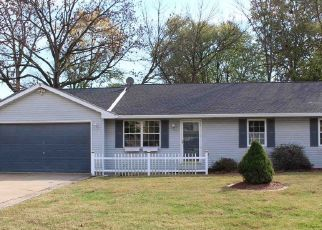 Foreclosed Home in Evansville 47711 LAKE VALLEY CT - Property ID: 4433967437