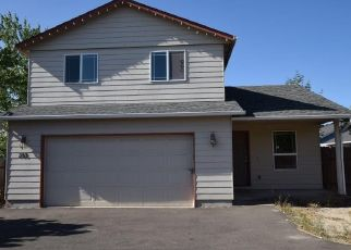 Foreclosed Home in Lebanon 97355 WALKER RD - Property ID: 4434005545