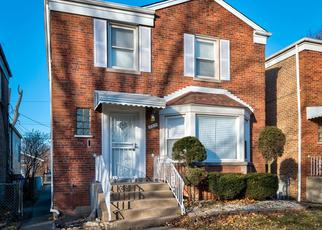 Foreclosed Home in Chicago 60617 S CREGIER AVE - Property ID: 4434055471