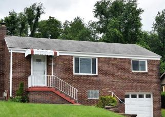 Foreclosed Home in Homestead 15120 CASCADE DR - Property ID: 4434149639
