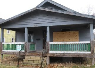 Foreclosed Home in Janesville 53545 S RANDALL AVE - Property ID: 4434238997