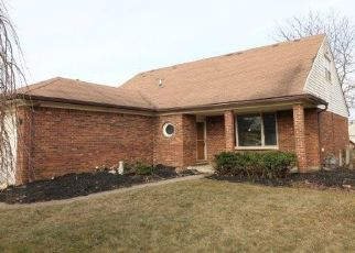 Foreclosed Home in Canton 48188 RECTOR DR - Property ID: 4434259565