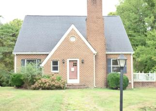 Foreclosed Home in Clarksville 23927 4TH ST - Property ID: 4434276654