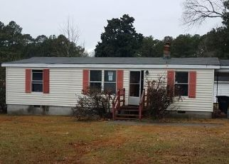 Foreclosed Home in Wakefield 23888 E NORTH ST - Property ID: 4434278844