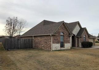 Foreclosed Home in Stephenville 76401 GLENWOOD DR - Property ID: 4434306877