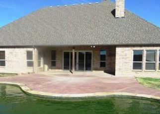 Foreclosed Home in Aledo 76008 WAVERLY WAY - Property ID: 4434308176