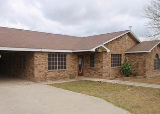 Foreclosed Home in Eagle Pass 78852 CHUCK WAGON RD - Property ID: 4434311690