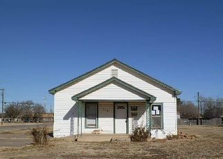 Foreclosed Home in Floydada 79235 W JACKSON ST - Property ID: 4434329198