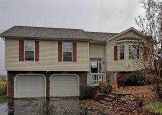 Foreclosed Home in Jonesborough 37659 BERMUDA DR - Property ID: 4434355483