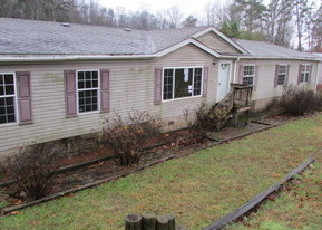 Foreclosed Home in Friendsville 37737 VINEGAR VALLEY RD - Property ID: 4434356354