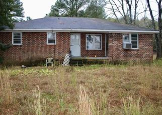 Foreclosed Home in Atwood 38220 TREZEVANT RD - Property ID: 4434359419
