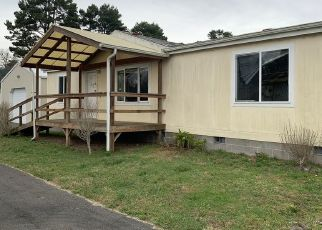 Foreclosed Home in Lakeside 97449 RAILROAD AVE - Property ID: 4434470675