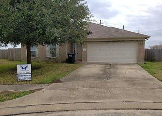 Foreclosed Home in Rosenberg 77471 DOGWOOD KNOLL TRL - Property ID: 4434511846