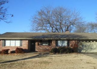 Foreclosed Home in Bartlesville 74006 CROWN DR - Property ID: 4434513142