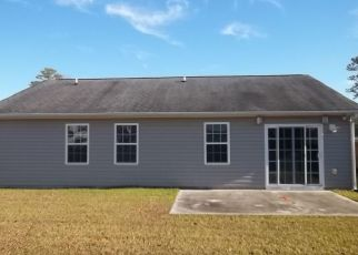 Foreclosed Home in New Bern 28560 CROOKED RUN DR - Property ID: 4434585868