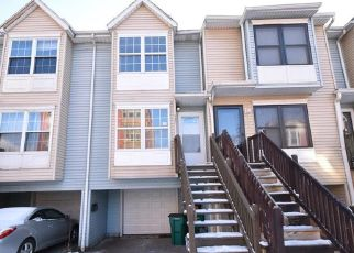Foreclosed Home in Buffalo 14213 CONNECTICUT ST - Property ID: 4434621777