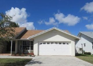 Foreclosed Home in Miami 33186 SW 144TH TER - Property ID: 4434644996