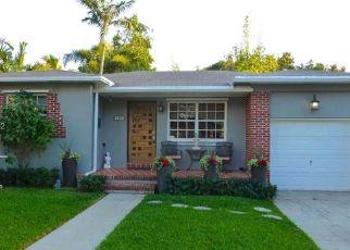 Foreclosed Home in Miami 33137 NE 49TH ST - Property ID: 4434673452