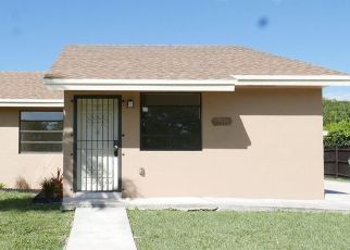 Foreclosed Home in Homestead 33033 SW 305TH TER - Property ID: 4434682654