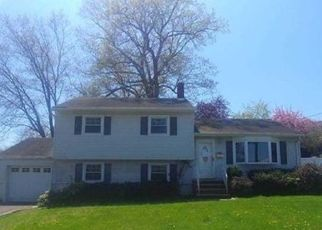Foreclosed Home in Emerson 07630 PASCACK AVE - Property ID: 4434734325
