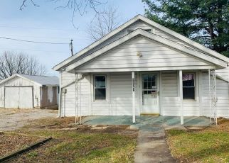 Foreclosed Home in Holts Summit 65043 COUNTY ROAD 391 - Property ID: 4434759292
