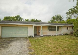 Foreclosed Home in Miami 33156 SW 84TH AVE - Property ID: 4434880615