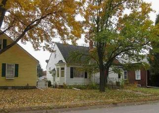 Foreclosed Home in Davenport 52803 E LOCUST ST - Property ID: 4434888496