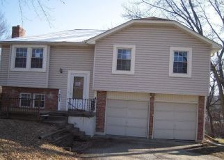 Foreclosed Home in Olathe 66061 W POPLAR ST - Property ID: 4434938423